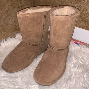 Bear paw boots (B3)